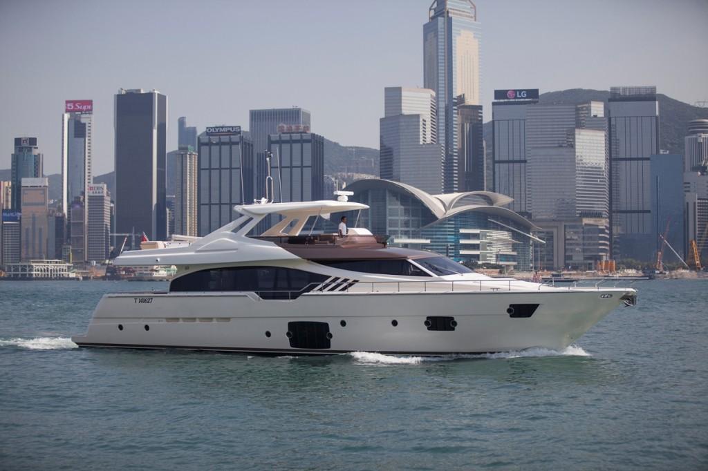 Ferretti Yachts 870 Tai He Ban